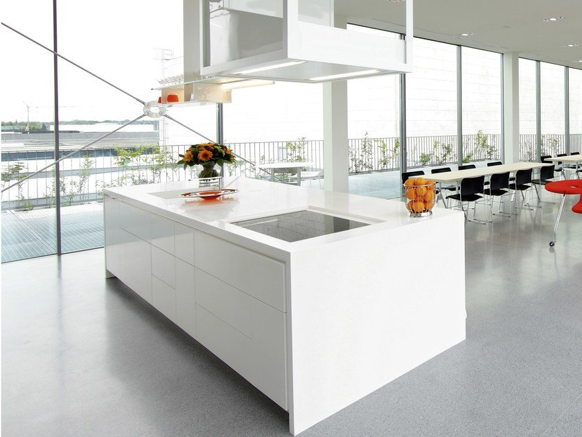 Solid Surface kitchen with island GETACORE® | Kitchen by GetaCore