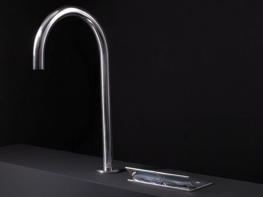 Robinet pour lavabo à poser en acier inoxydable WINGS | Robinet pour lavabo by Boffi