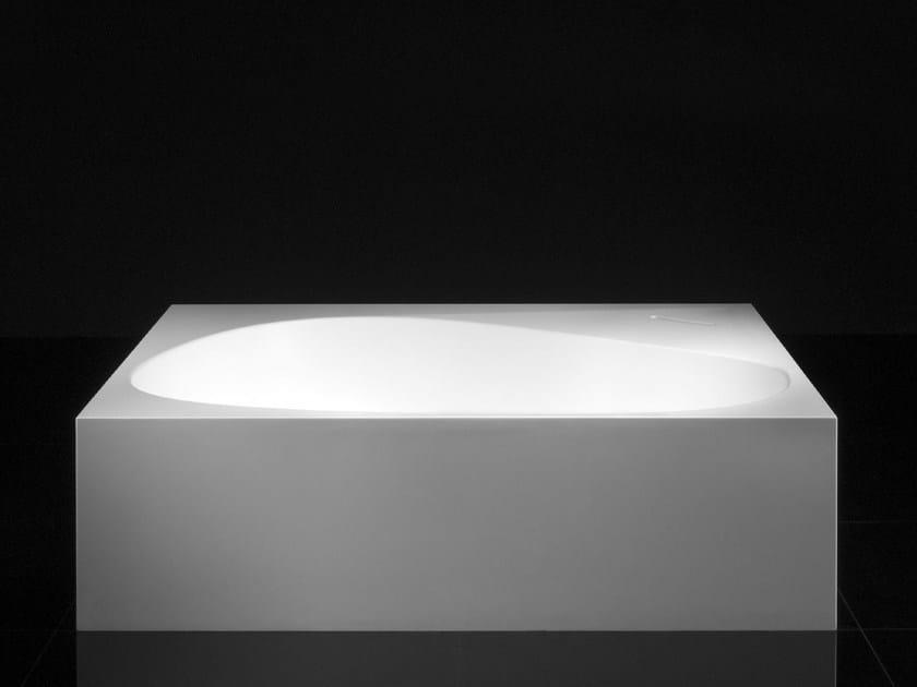 Vasca Da Bagno Asimmetrica : Vasca da bagno asimmetrica centro stanza terra by boffi design