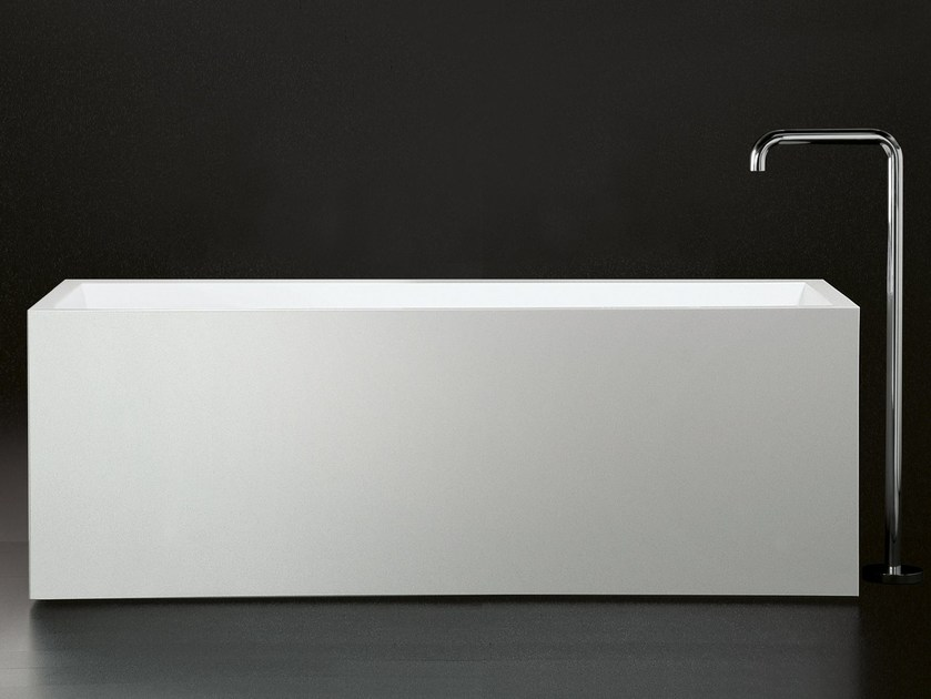 Freestanding Cristalplant® bathtub COMFORT MOOD by Boffi