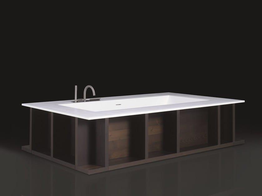 Freestanding Cristalplant® bathtub SWIM-C by Boffi