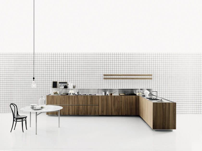 Wood veneer kitchen K20 by Boffi