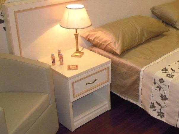 Bedside table with drawers for hotel rooms CLEAR | Bedside table for hotel rooms by Mobilspazio