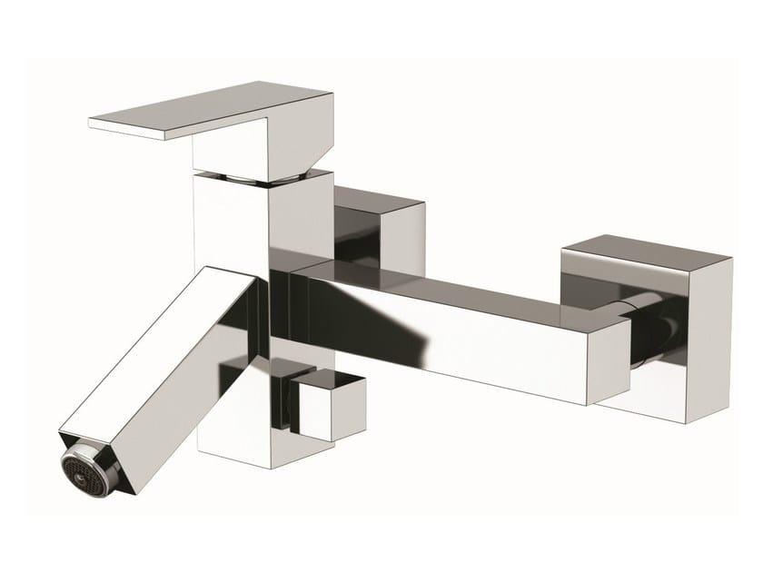 LED bathtub mixer Q-COLOR | Bathtub mixer by Remer Rubinetterie