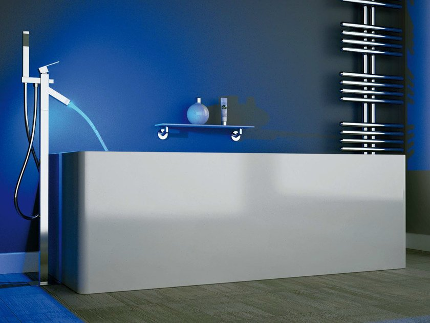 Floor standing LED bathtub mixer Q-COLOR | Floor standing bathtub mixer by Remer Rubinetterie