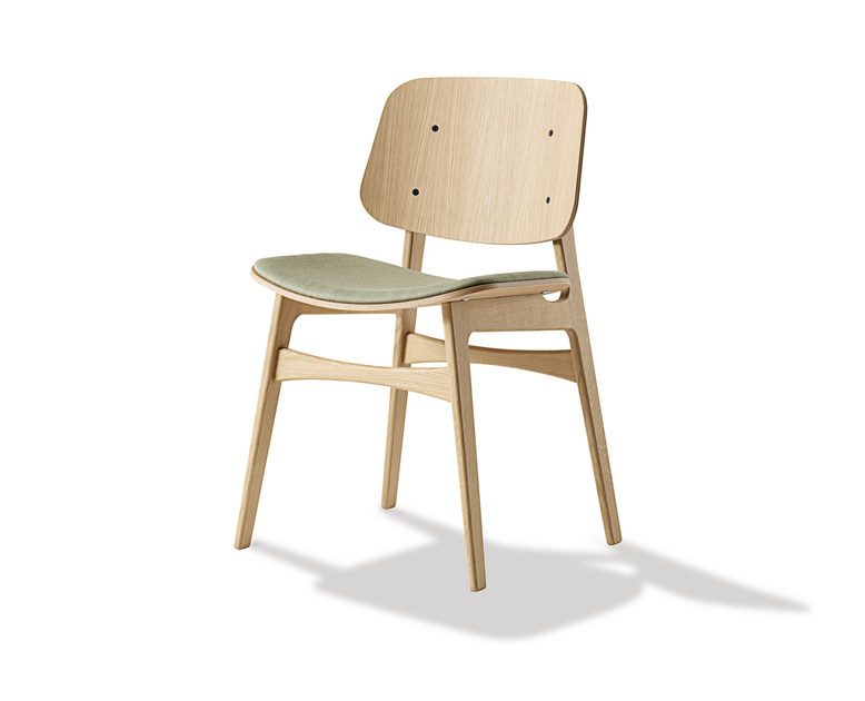 Upholstered chair SØBORG | Upholstered chair by FREDERICIA FURNITURE