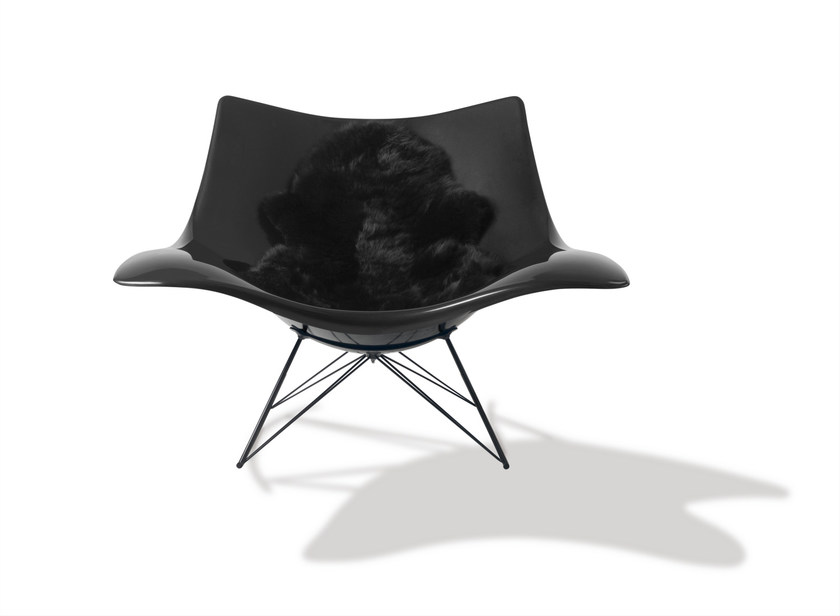 Plastic armchair STINGRAY | Plastic armchair by FREDERICIA FURNITURE