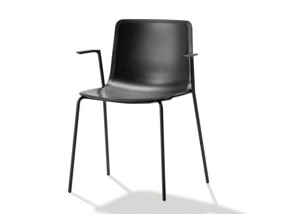 Plastic chair with armrests PATO | Chair with armrests by FREDERICIA FURNITURE