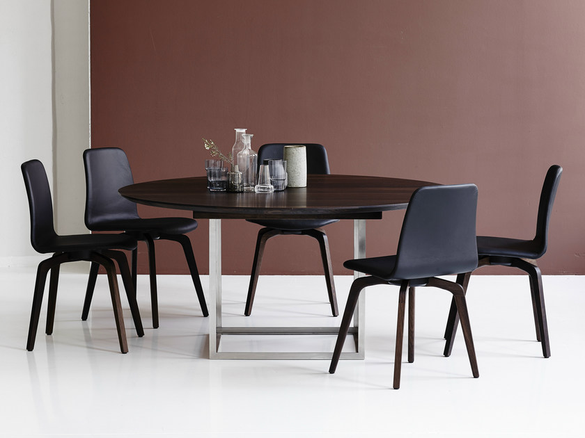 Extending round oak table JEWEL TABLE | Round table by dk3