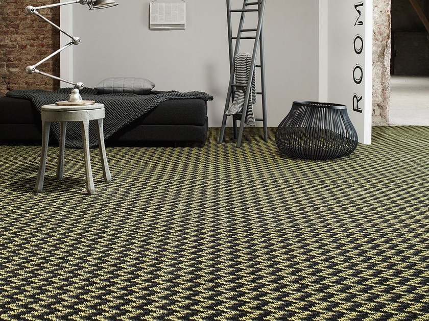 Carpeting with geometric shapes MOVE 1200 by OBJECT CARPET GmbH