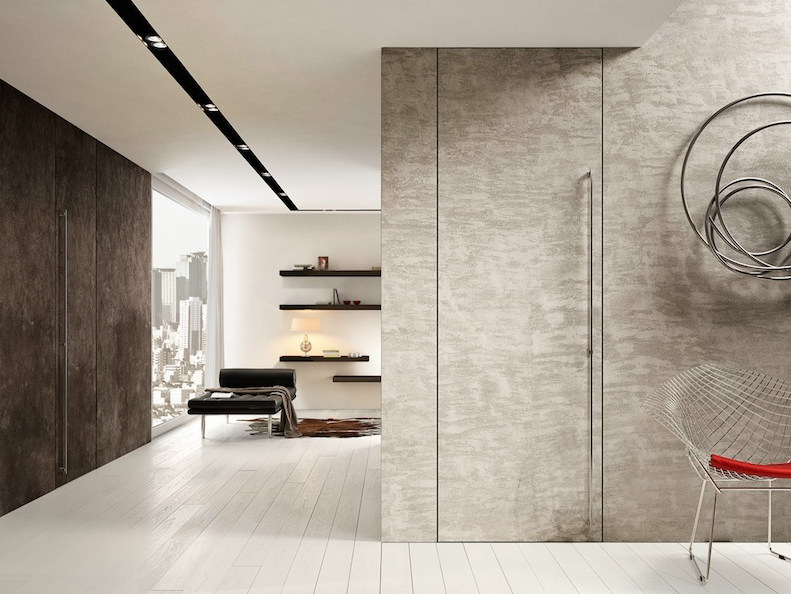 Flush-fitting cement pivot door FILOMURO | Cement door by GAROFOLI