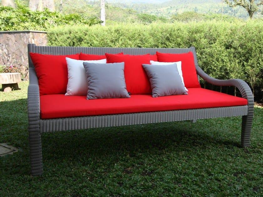 Sunbrella® garden bench with armrests ANTIQUE   Garden bench by Sérénité Luxury Monaco