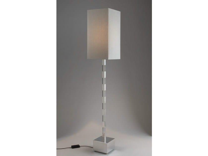 lampadaire a pile