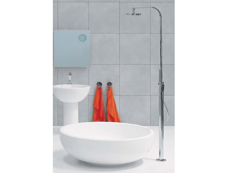 Floor standing shower panel ONE | Floor standing shower panel by CERAMICA FLAMINIA