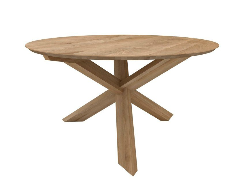 Round solid wood dining table OAK CIRCLE | Table by Ethnicraft