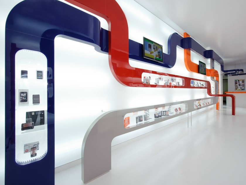 Wall-mounted retail display unit with light PARAPAN® | Retail display unit by PARAPAN