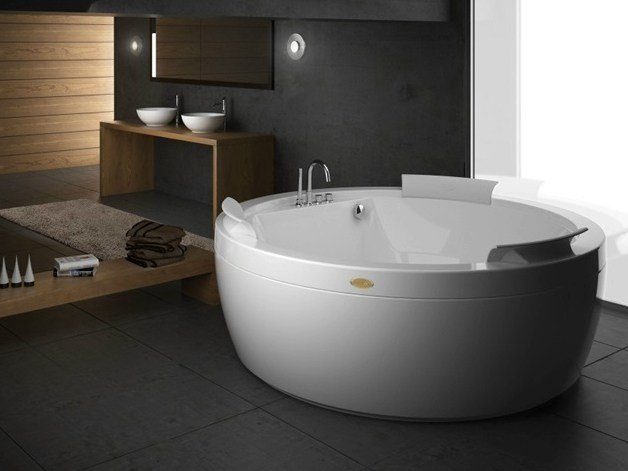 Contemporary style freestanding round bathtub NOVA DESIGN by Jacuzzi