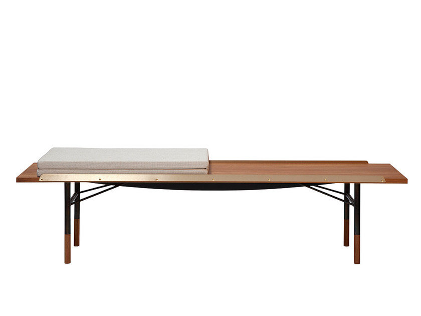 Wooden bench FJ | Bench by Onecollection