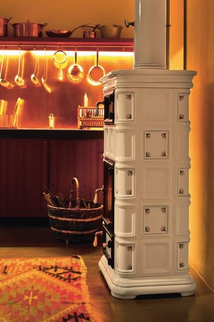 Stufa a legna in ceramica ad accumulo con forno MARLENE | Stufa con forno - Sergio  Leoni