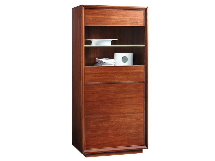 Wooden display cabinet LEONARDO | Display cabinet by SELVA