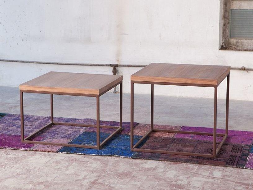 Square wood veneer coffee table for living room MEISEL by Domingo Salotti