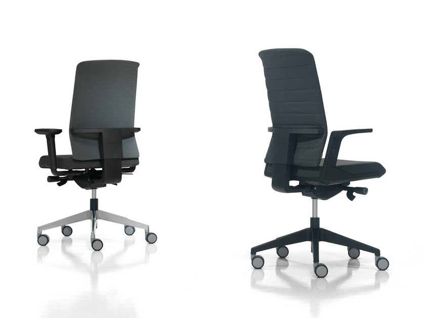 Task chair with armrests AIR | Task chair with armrests by Inclass Mobles