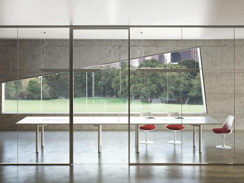 Lacquered rectangular meeting table MÈTA | Rectangular meeting table by FANTONI