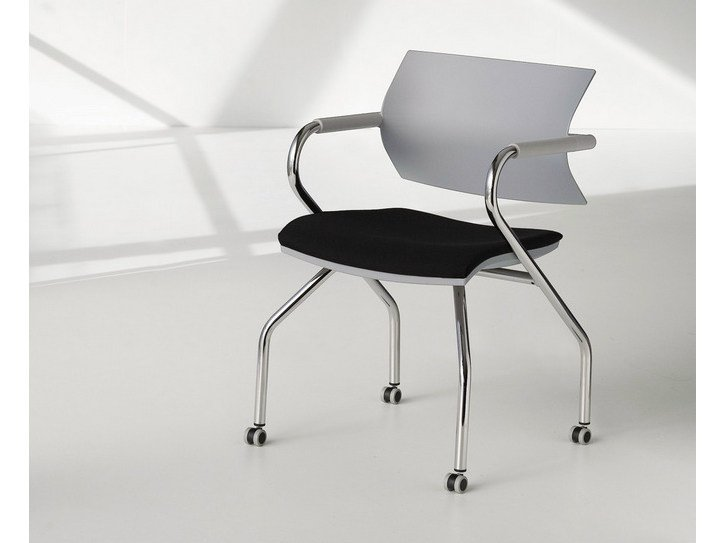 Training chair with armrests with casters VANILLA HOSPITALITY | Chair with casters by FANTONI