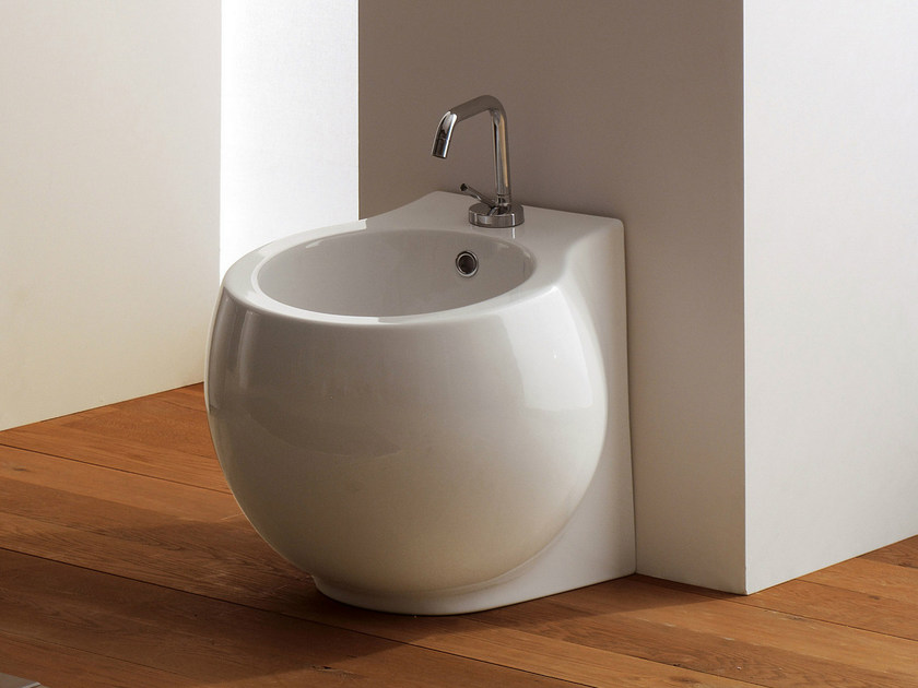 Ceramic bidet PLANET | Bidet by Scarabeo Ceramiche