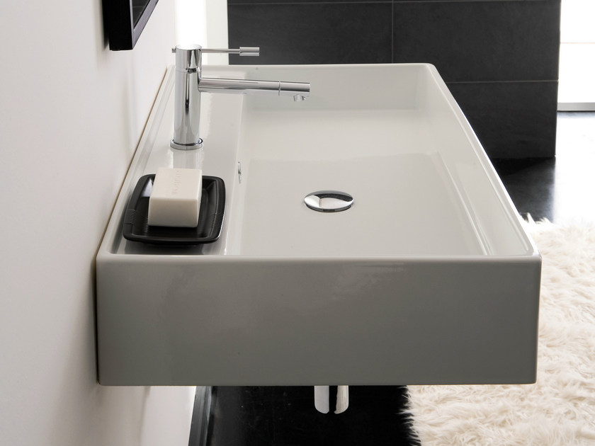 Wall-mounted ceramic washbasin TEOREMA 80R by Scarabeo Ceramiche