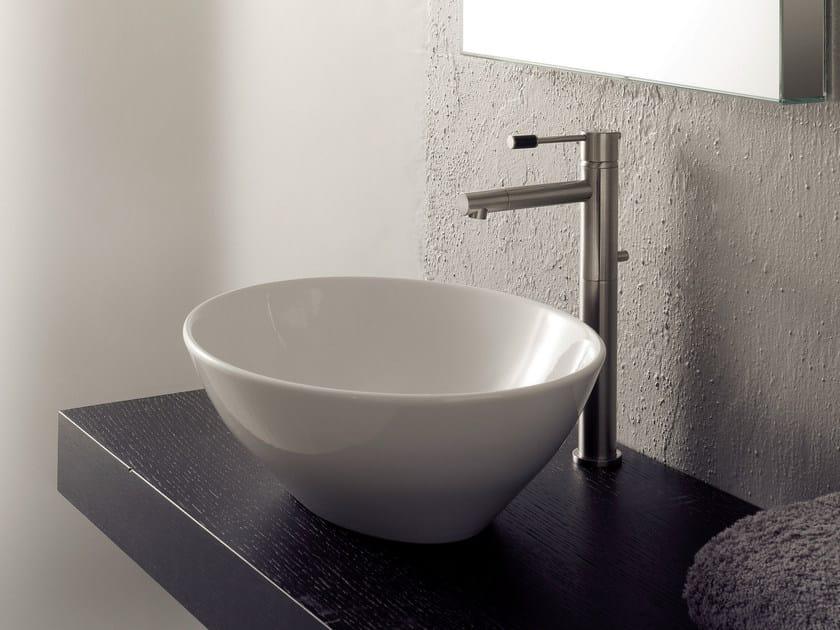 Countertop ceramic washbasin OVO by Scarabeo Ceramiche