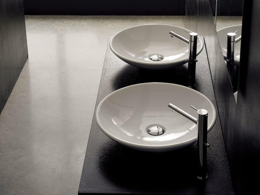 Countertop round ceramic washbasin CUP by Scarabeo Ceramiche
