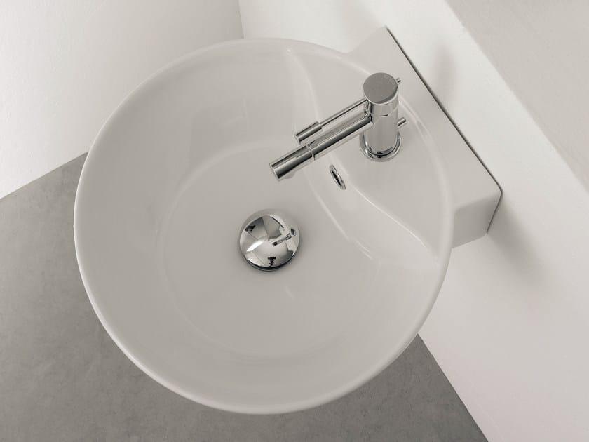 Round ceramic washbasin SFERA R by Scarabeo Ceramiche