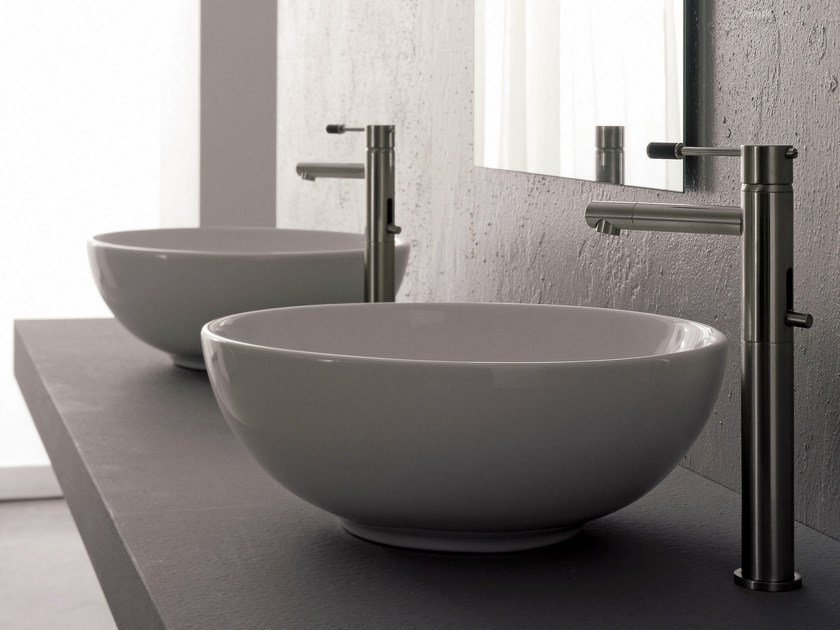 Countertop round ceramic washbasin SFERA by Scarabeo Ceramiche