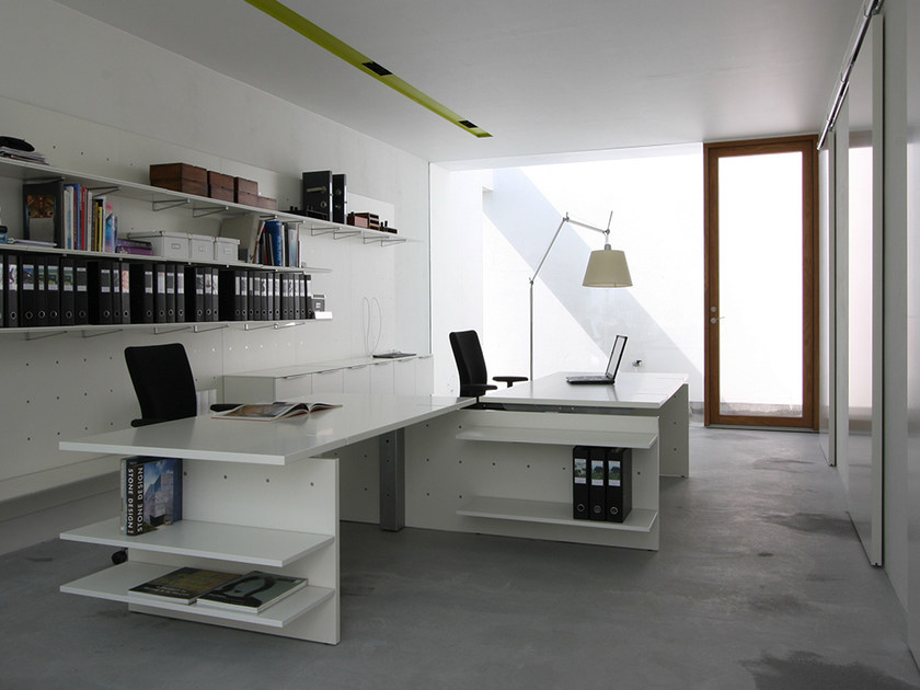 Multiple office workstation NN SYSTEM | Office workstation by Onecollection