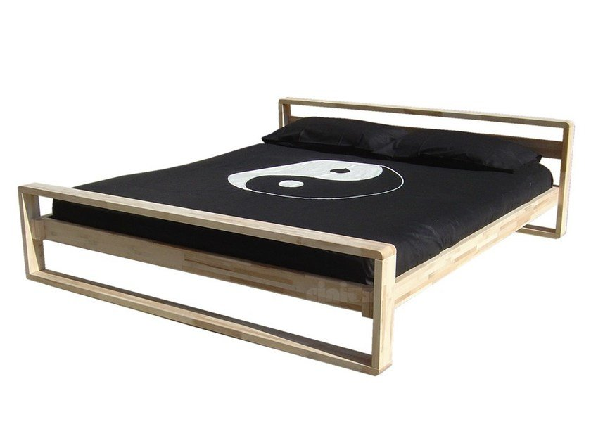Wooden double bed LINEAR by Cinius