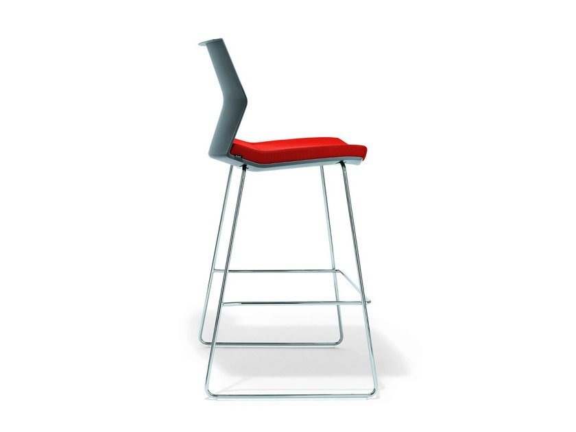 Sled base reception chair B_Side Barstool by BENE