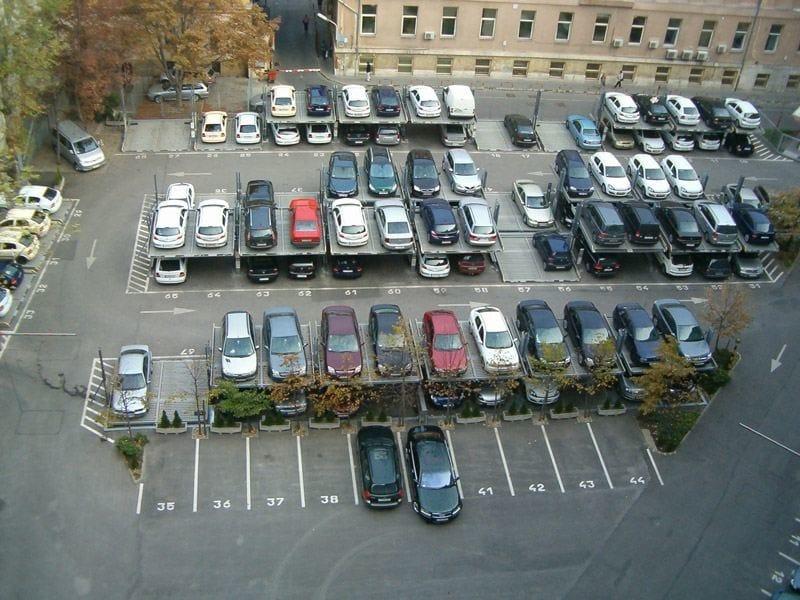 Raddoppiatori da box SERIE 1 Impianti di parcheggio installati in serie