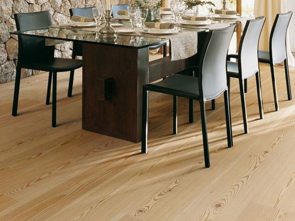 Floating larch parquet KEER by Woodco