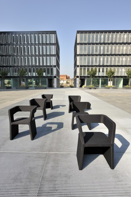 Rubber guest chair SEI SENSI | Armchair by Geelli by C.S.