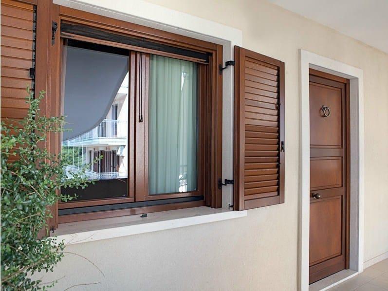 Shutter Wooden shutter by De Carlo