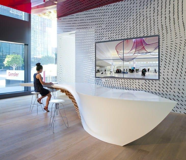 HI-MACS® - Design di mobili SLO_Gen - Design: Cal Poly, San Luis Obispo, Gensler Los Angeles - Fabrication: R.D Wing Co, Inc - Photo credits: Gensler Los Angeles