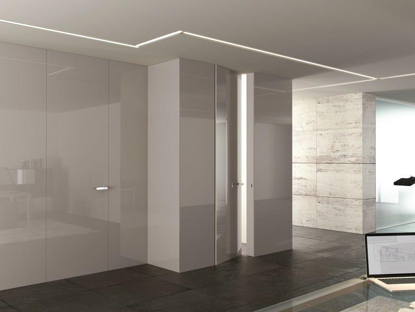 Boiserie porta in legno infinity system linear ghizzi benatti - Decorazioni in legno per pareti ...