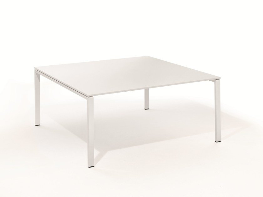 TMEETING Square Meeting Table By BENE - Square meeting table