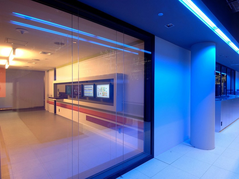 Laminated glass PRIVA-LITE by Glassolutions