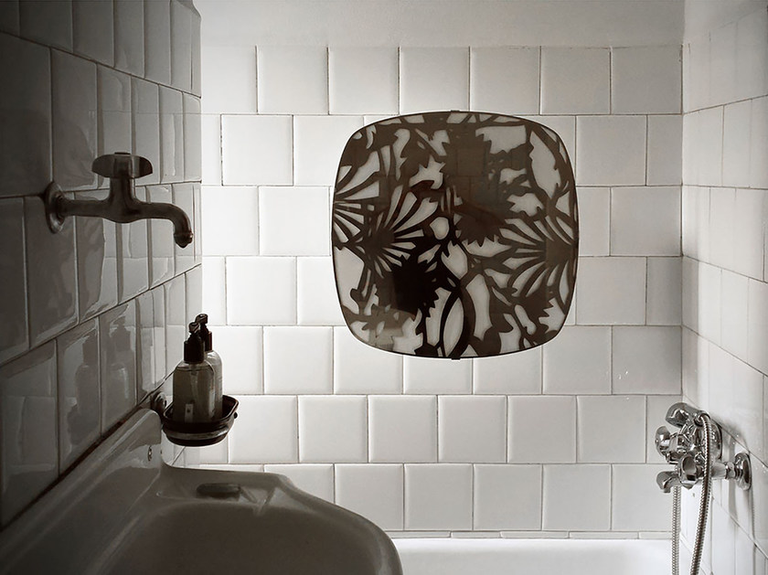 Electric wall-mounted towel warmer I GIOIELLI SQUARE by mg12