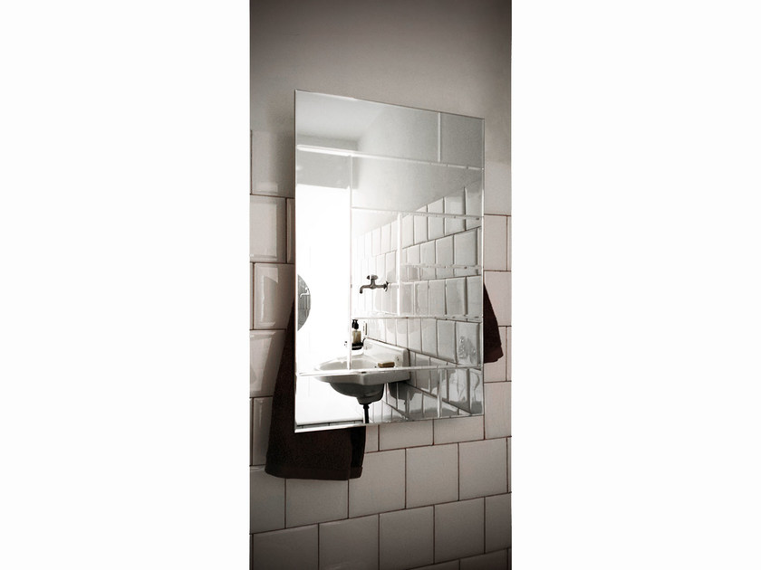 Electric wall-mounted mirrored towel warmer MIRROR RECTANGLE by mg12