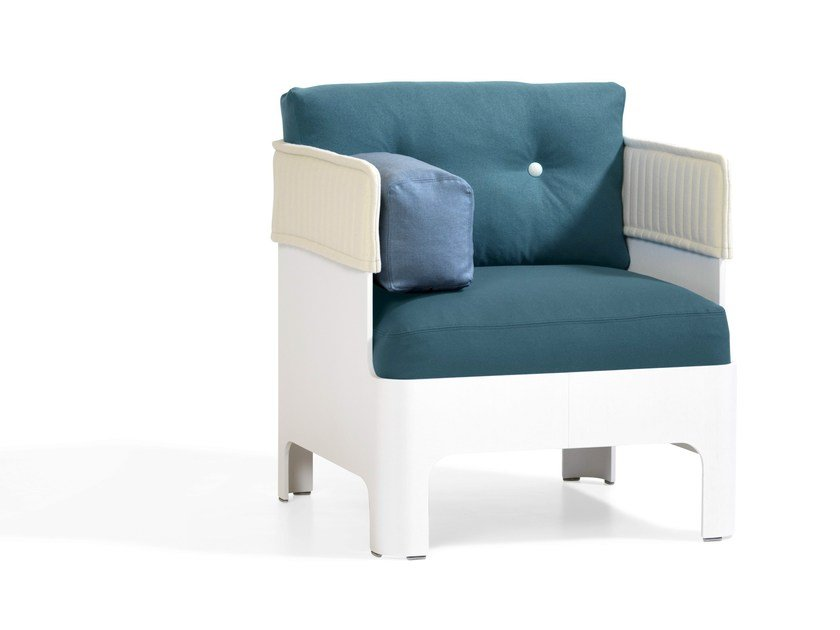 Fabric armchair KOJA | Armchair by Blå Station
