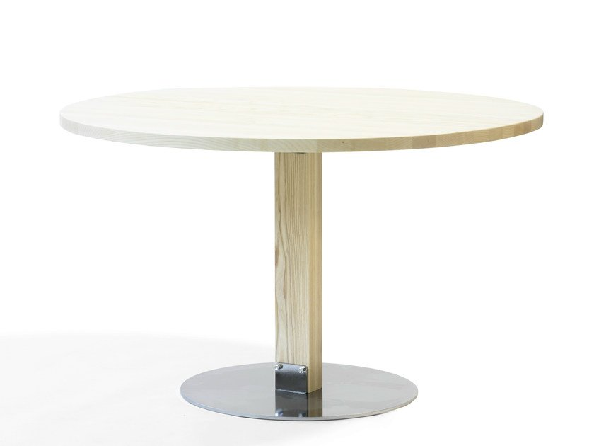 Round ash table SIZE | L901 by Blå Station