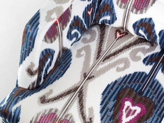 Linen fabric with graphic pattern KASHMIR by Equipo DRT